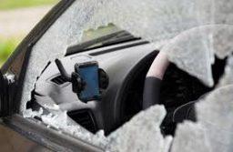 Hét autó feltörése nyomja a lelkét